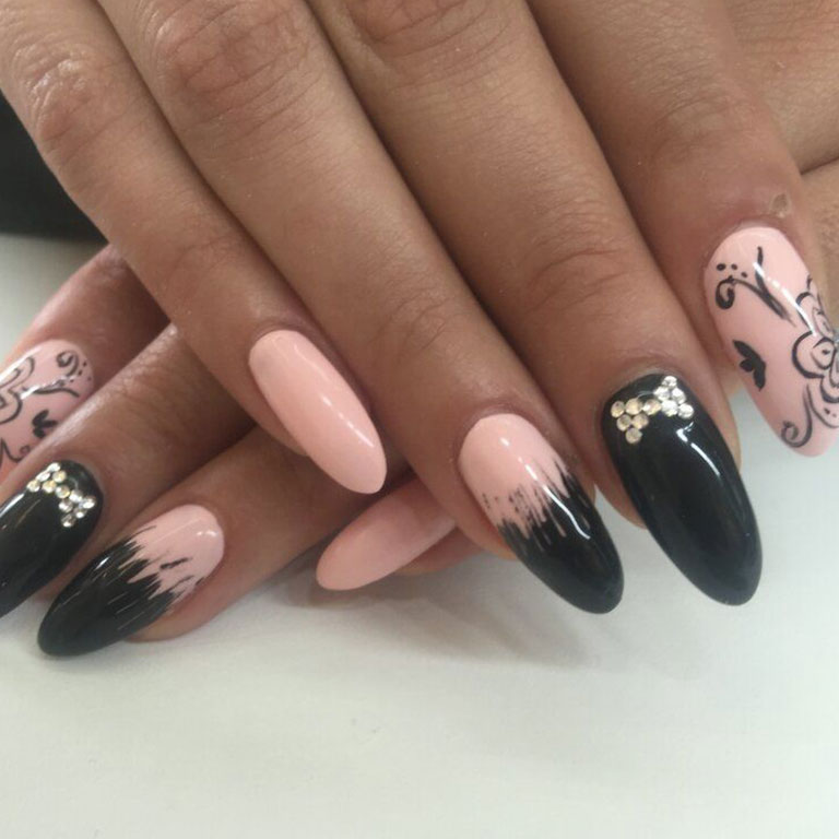 Nails, Nagel, Nageldesign, Piercing, Gel, Steinchen, Dream, Airbrush