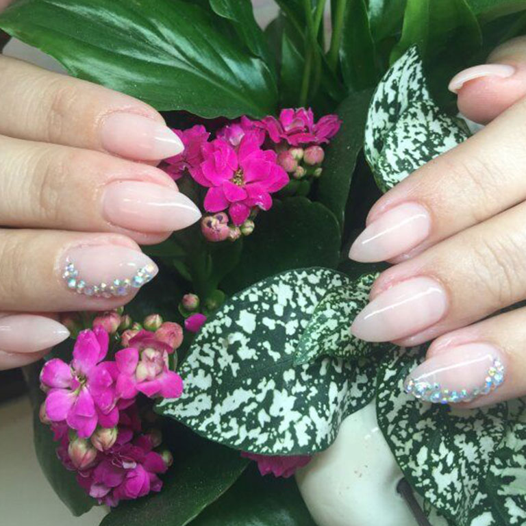Nails, Nagel, Nageldesign, Piercing, Glitter, Steinchen, Dream, Airbrush